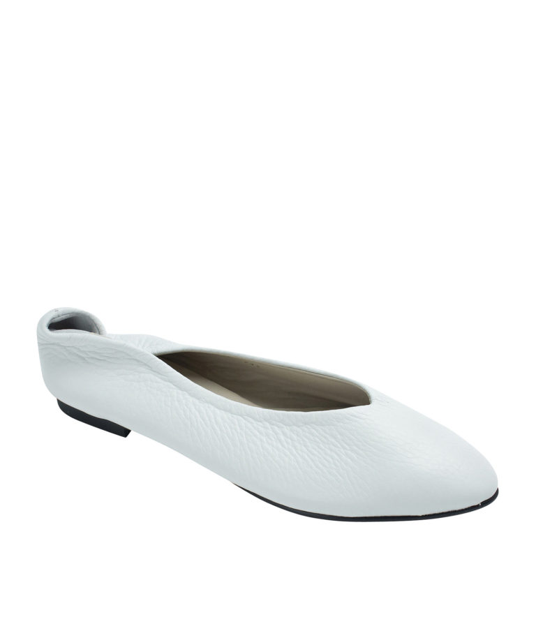 Annakastle Womens Pebbled Leather Pointed Toe Flats White
