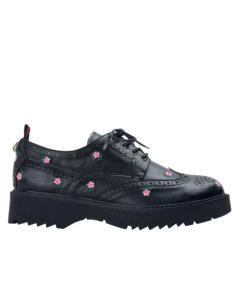 Annakastle Womens Floral Embroidered Wingtip Oxfords Black