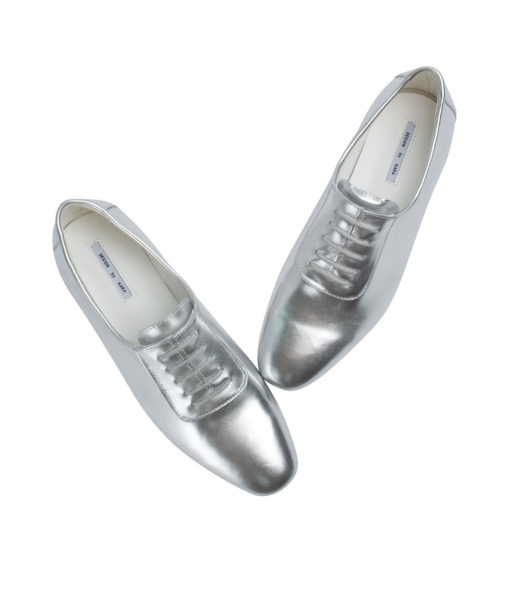 AnnaKastle Womens Sleek Leather Lace-Up Oxfords Silver