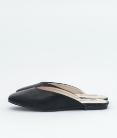 AnnaKastle Womens Square Toe V-Cut Mule Slippers Black