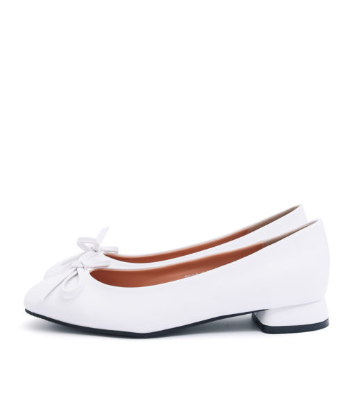 AnnaKastle Womens Vegan Leather Bow Front Flat Shoes White
