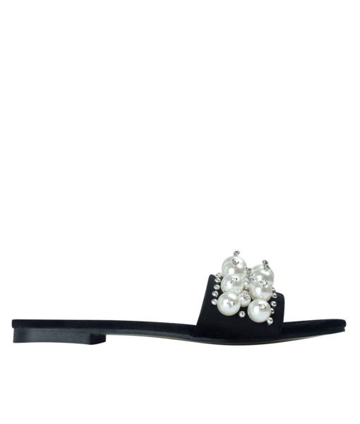 AnnaKastle Womens Faux Pearl Studded Slide Sandals Black