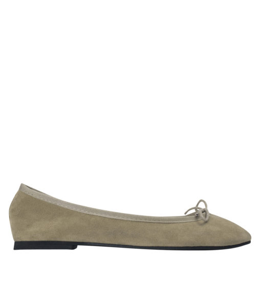 AnnaKastle Womens Vegan Suede Bow Front Ballet Flats Beige