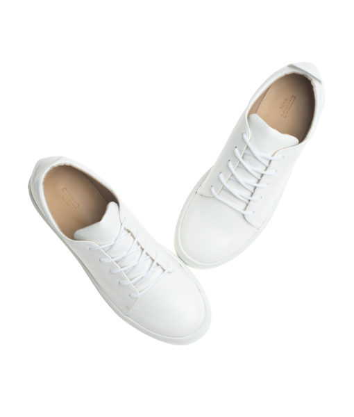 AnnaKastle Womens Classic Vegan Leather Low Top Sneakers White