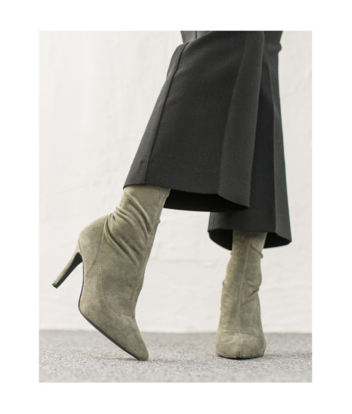 AnnaKastle Womens Pointy Toe Stretch Ankle Booties PaleGreen