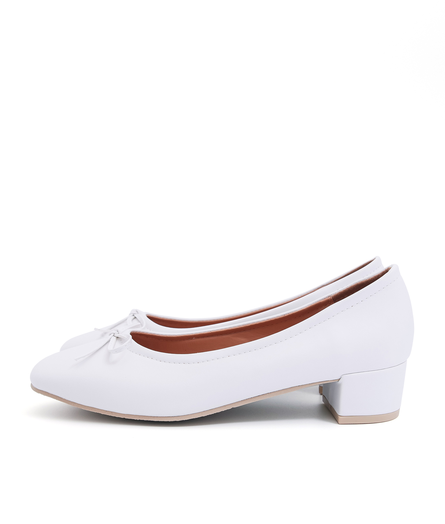 1788d1bf0d AnnaKastle Womens Bow Front Low Block Heel Pumps White