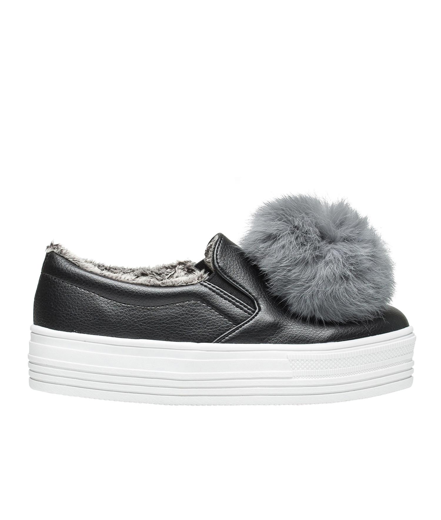 ff2508f2be4 AnnaKastle Womens Faux Fur Lined Pom Pom Slip Ons Black