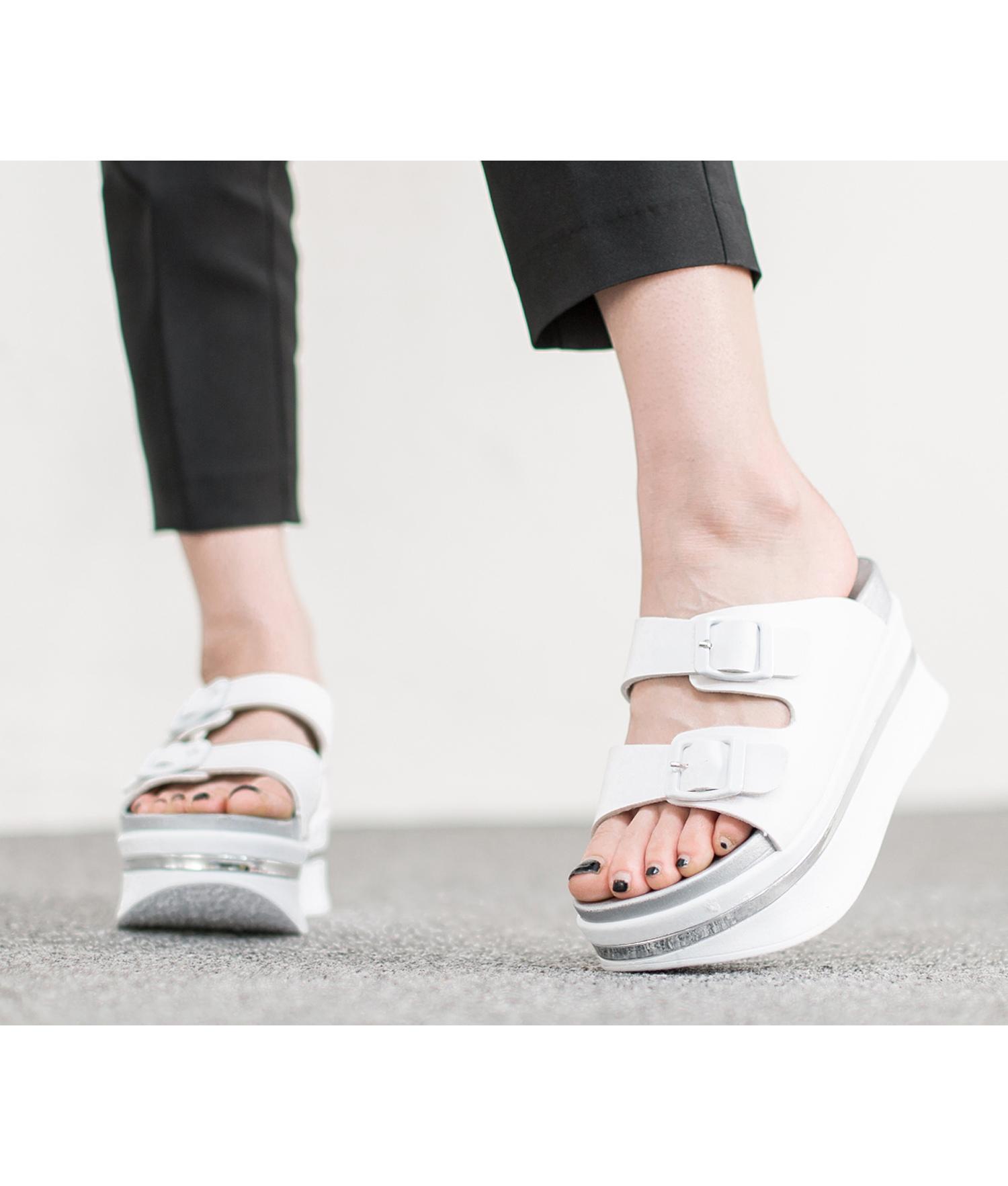 d769786e12b8 AnnaKastle Womens Double Strap Platform Slide Slipper Sandal White